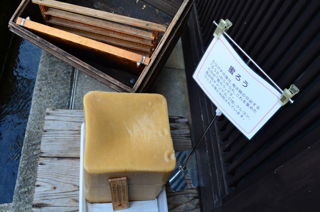 飛騨高山の「さんまち通り」はお土産・お香・小物、大物、お酒の店などいっぱいです!