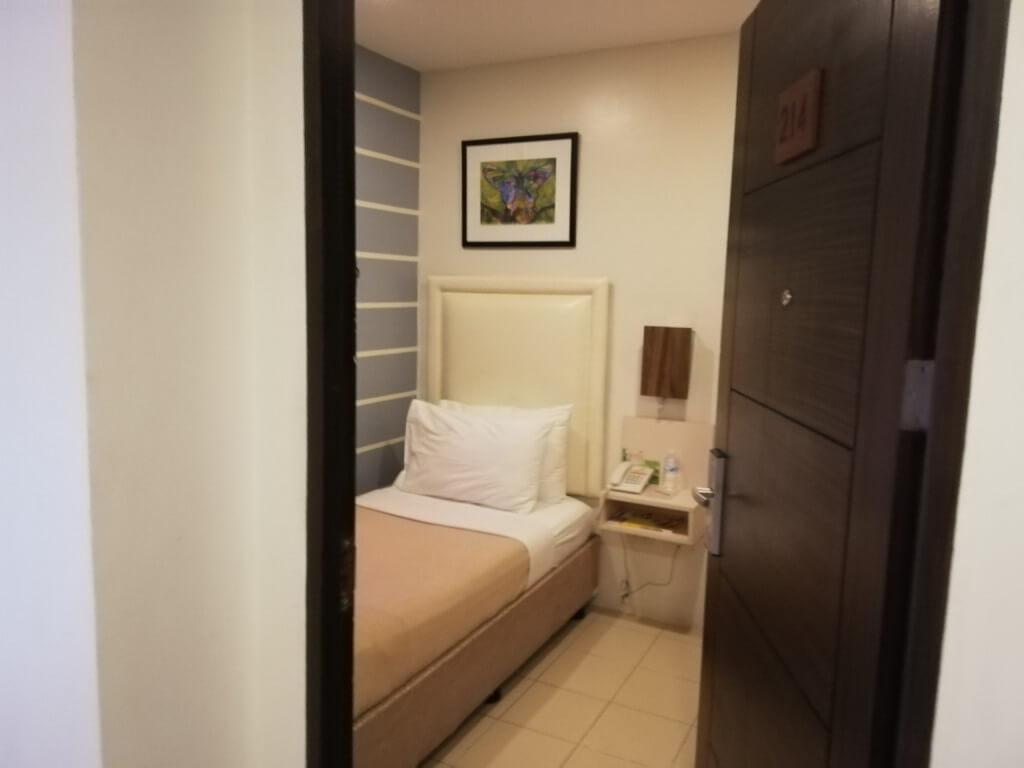 アンクル トムズ キャビンホテル(Uncle Tom's Cabin Hotel)は格安でシングルルームに泊まれる