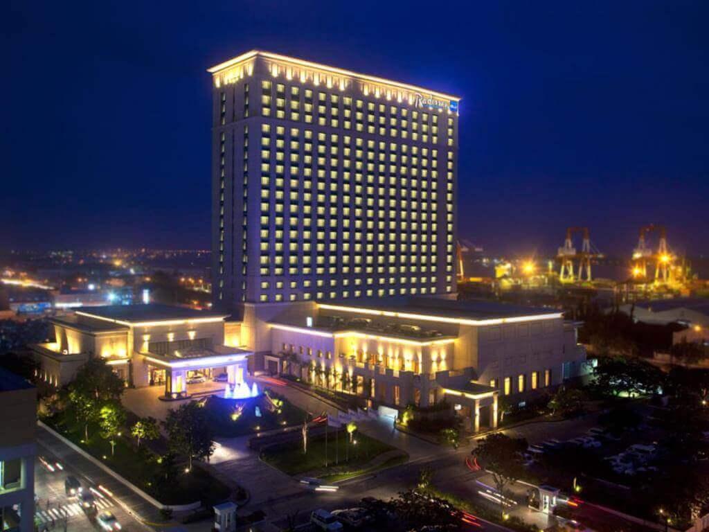 ラディソンブルーセブ(Radisson Blu Cebu)はSMモールから直結で行ける5つ星ホテル