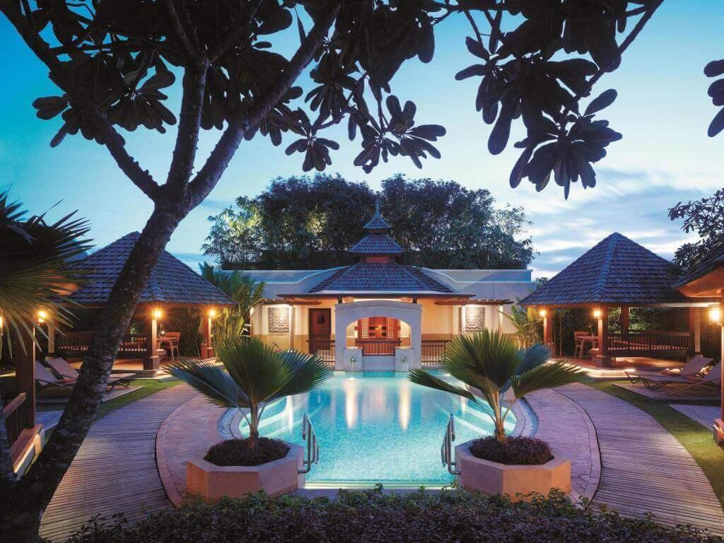 シャングリラズマクタンリゾートスパセブ(Shangri-La's Mactan Resort and Spa Cebu)はシュノーケリングが熱帯魚がいっぱいの5つ星のセブ島のリゾートホテル