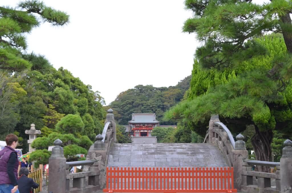 鎌倉観光デート!?おすすめのコースは報国寺から縁結びの鶴岡八幡宮でおみくじ