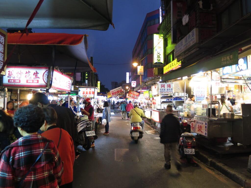 台北の華西街観光夜市は変わったものがいっぱい!?