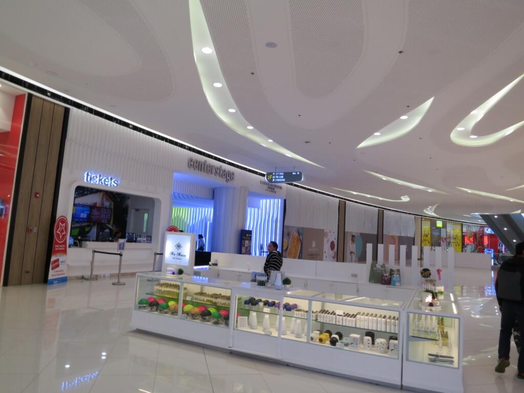 SMシーサイドシティセブ(SM Seaside City Cebu)はほとんどの店がComming Soon状態
