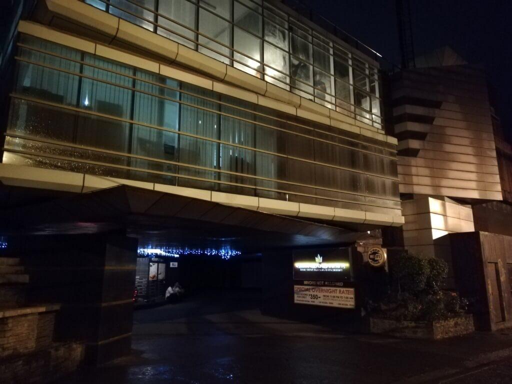 クイーンズ・ランド(Queens Land)は系列店が多いラブホテル(モーテル/時間借りホテル)