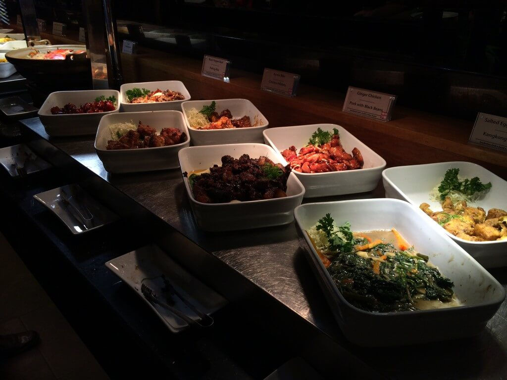 セブ島のシティ・タイムスクエアにある東京テーブルの食べ放題の内容