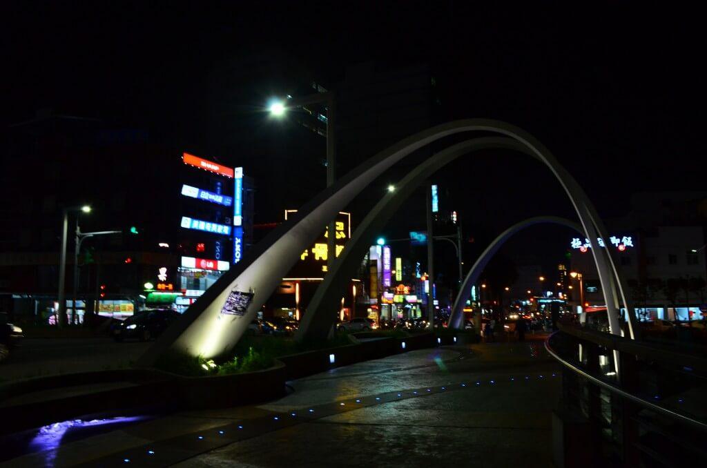 桃園市の最大の夜市の中壢(中歴)観光夜市の場所や行き方、営業時間