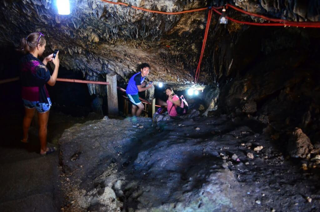 カモテス島 Timubo Cave(ティムボ ケイブ)