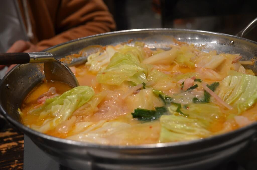 川越で博多の名物が食べれるもつ鍋居酒屋の金子増太郎