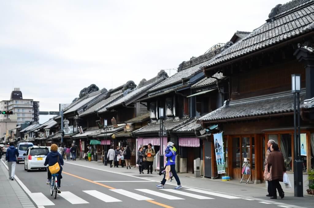 川越の観光旅行は小江戸で食べ歩きだけど車はどこに駐車する?