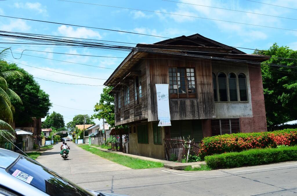 オロキエタ 昔の家 スペイン ミンダナオ