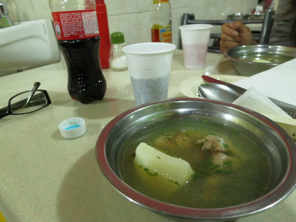 今日のコーラ 移動中に食べたスープ