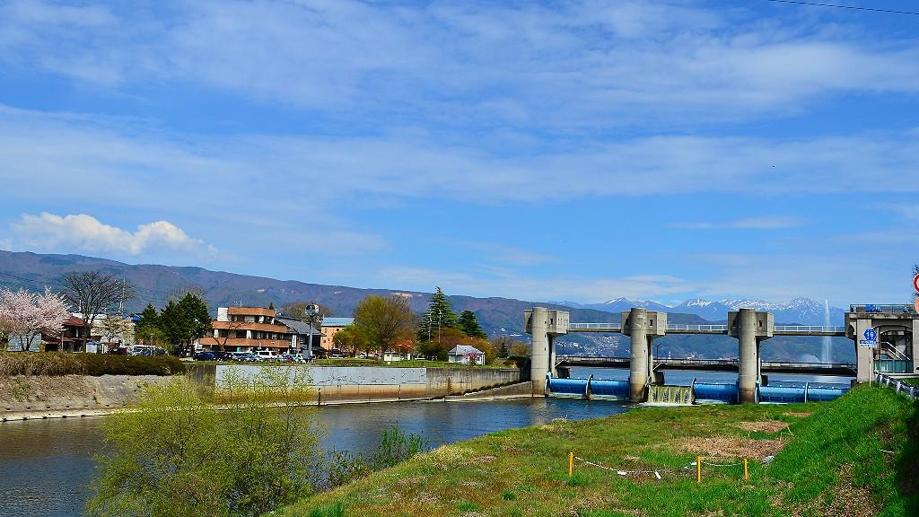 諏訪湖は「君の名は。」の聖地?訪れるなら絶対に食べたい蕎麦あきしのとは?
