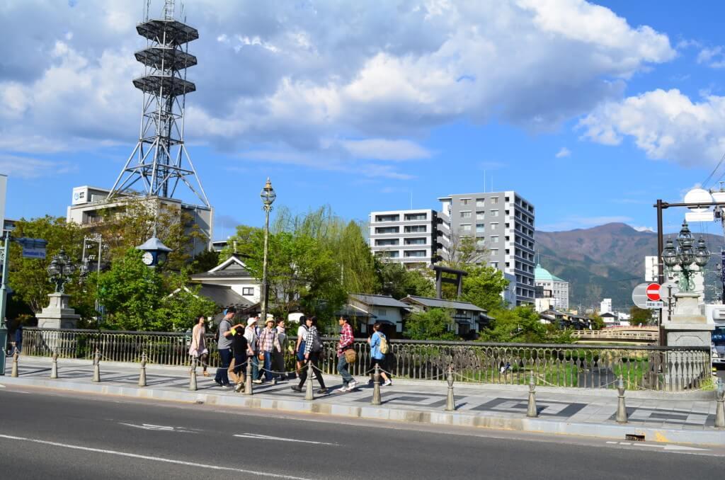 松本観光はやっぱり松本城!旅友達にガイドしてもらう?