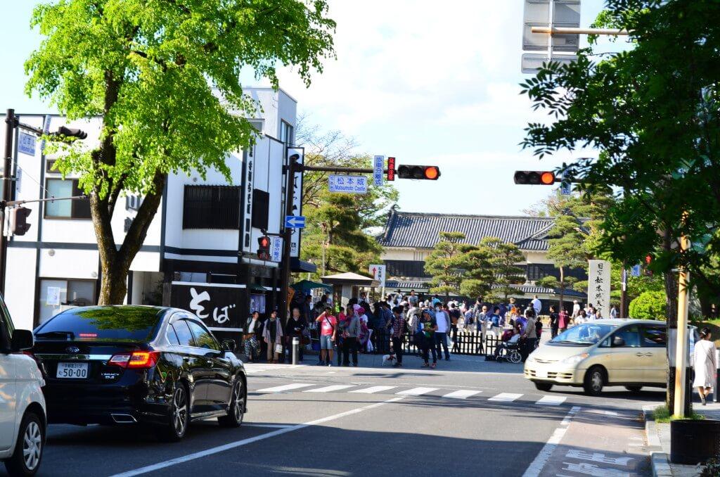 松本城は現存する「五重六階の天守」の中で日本最古の国宝の城!