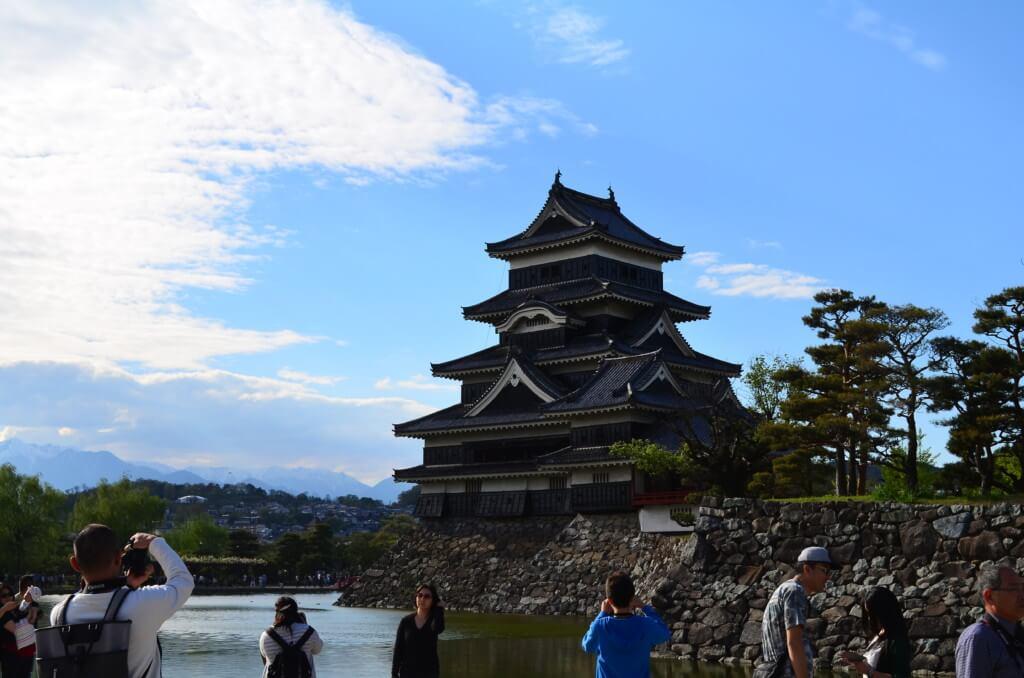 長野の松本城天守閣の入場料や観光の注意点