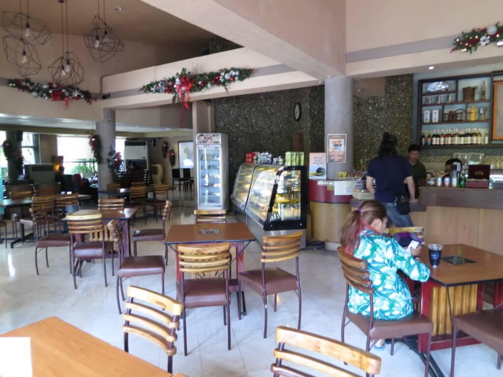 カフェボブス(CAFE BOBS DELI SHOP)