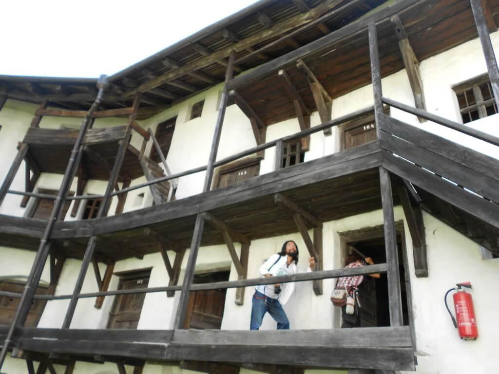 【21カ国目】ルーマニアはホントにキライなブカレストだったけどドラキュラ城からはよかった