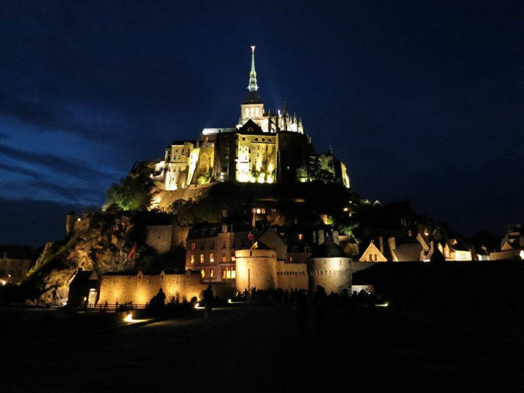 【39カ国目】予想外の治安が悪かったフランスのパリでジェンヌになれずにモン・サン・ミッシェルでオムレツにがっかり