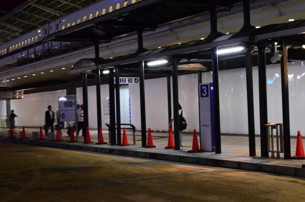 名古屋から島根への中国JRバスの夜行バスの出雲・松江・米子ドリーム名古屋号の乗り場、休憩、バスは快適!?
