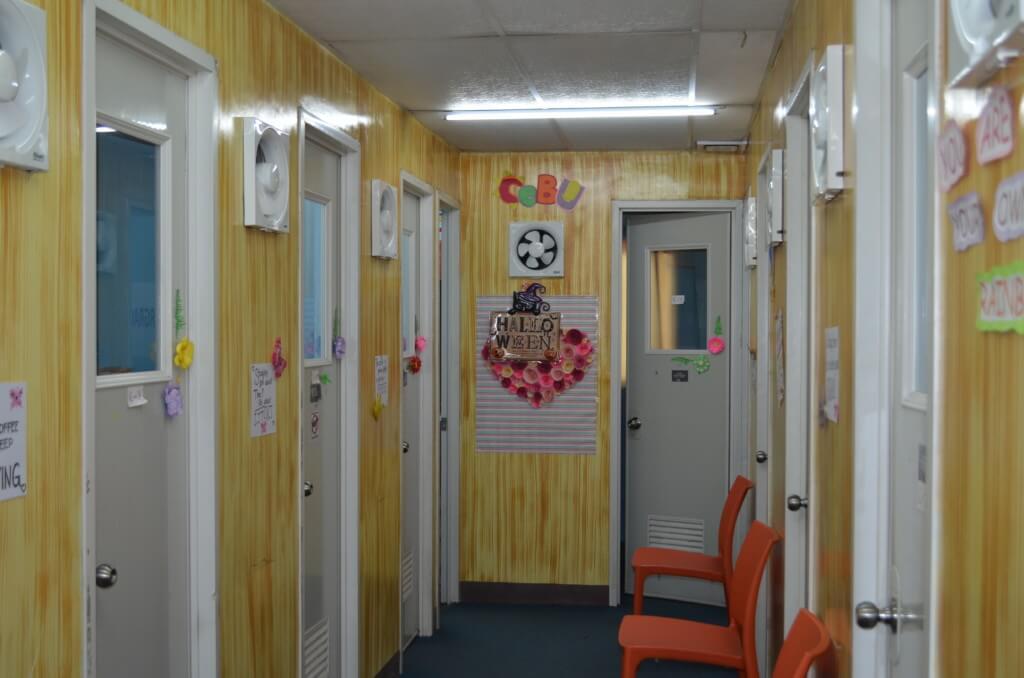 セブ島の語学学校のCEGAの授業やシステム、講師の質は?