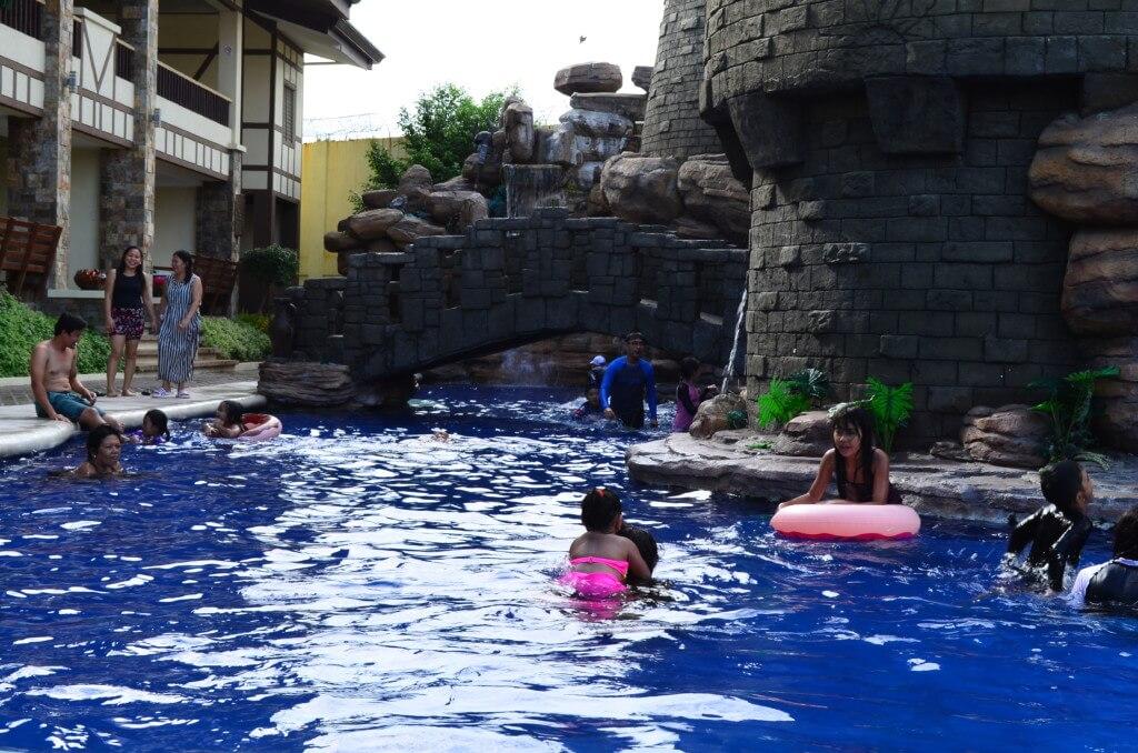 子供も楽しめてインスタ映えするウエスタンラグーンの怪獣プール