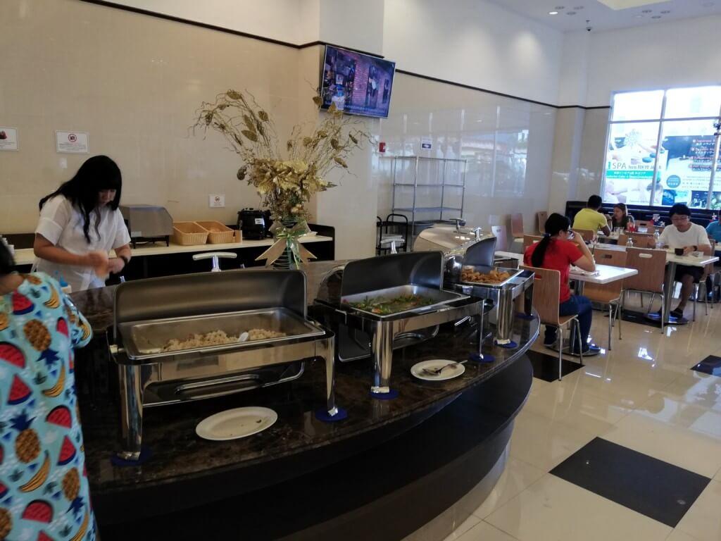 東横イン・セブの朝食は無料でビュッフェ形式