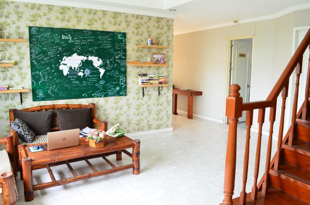 セブ島のゲストハウスのどかでは日本のTVが観れる