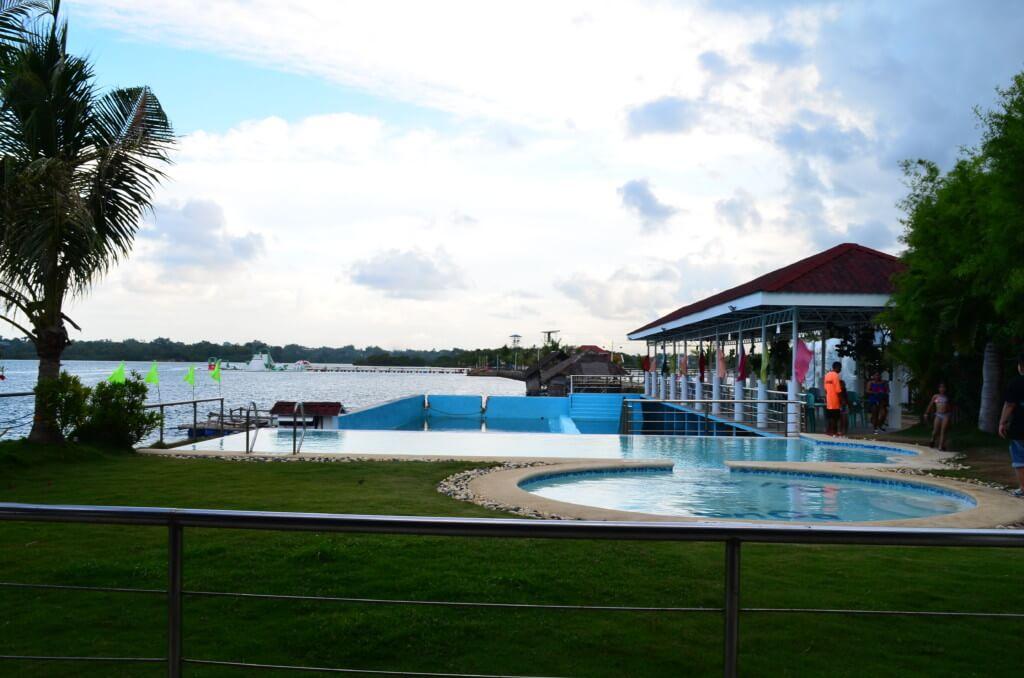 プールはスポーツ ウォーターパーク(Sports Water Park)と普通のプールがある