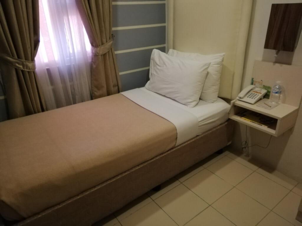 セブ島で格安でシングルルームに泊まれるアンクル トムズ キャビンホテルとは?
