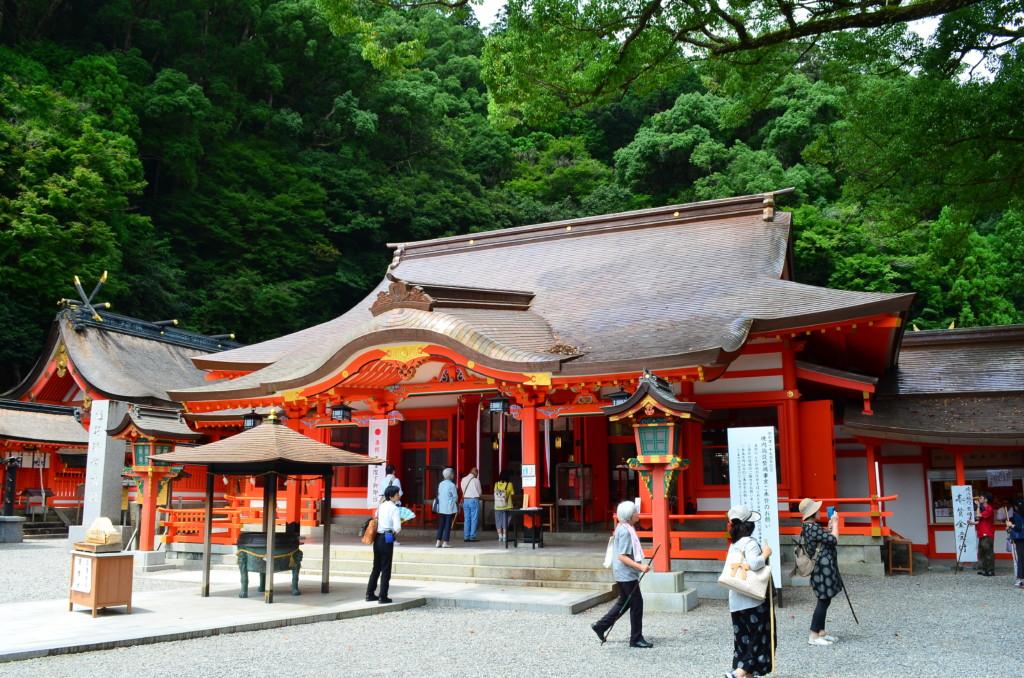 熊野三山の1つの熊野那智大社の参拝や見どころ